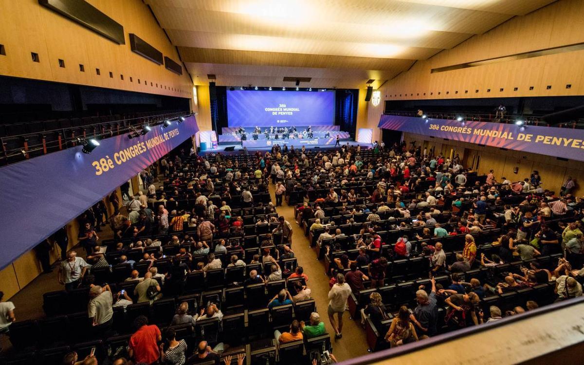 Més de 1.200 penyistes acrediten l'èxit del 38è Congrés Mundial de Penyes