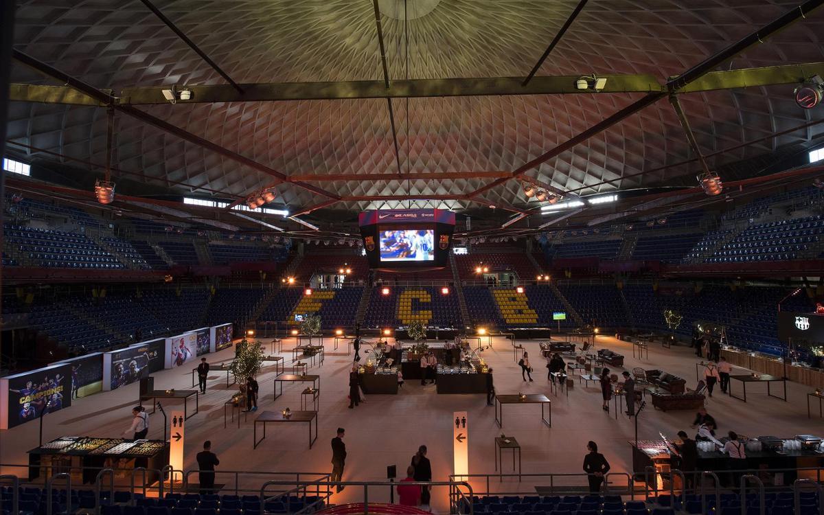 Gaudeix dels espais del FC Barcelona d'una manera única