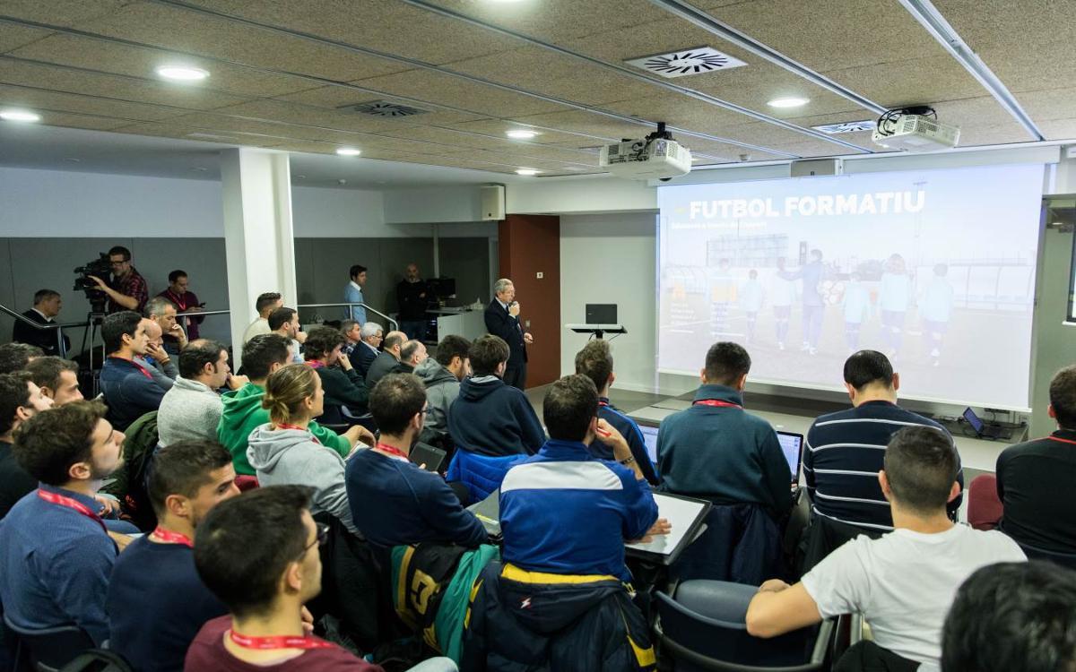 Arrenca la tercera edició de l'FCB Coaches Academy, la formació de formadors del FC Barcelona