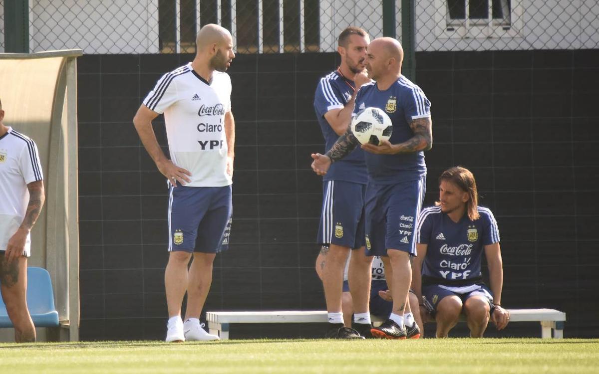 """Javier Mascherano: """"La temporada ha estat molt bona"""""""