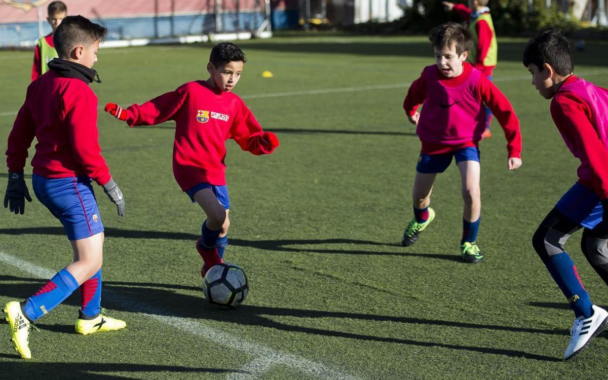 El Campus de Nadal FCBEscola il·lusiona a prop de 200 nens i nenes