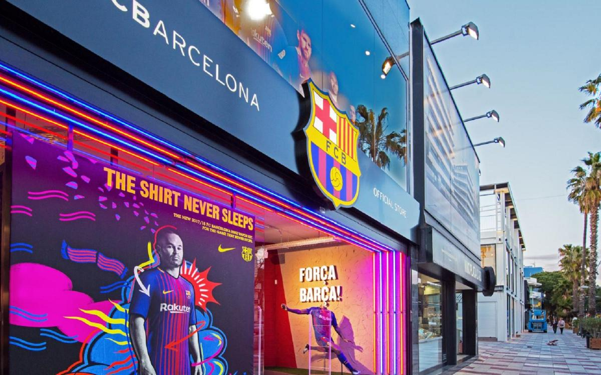 La FCBarcelona Official Store de Playa de Aro reabre en una mejor ubicación 6a68216b2d7
