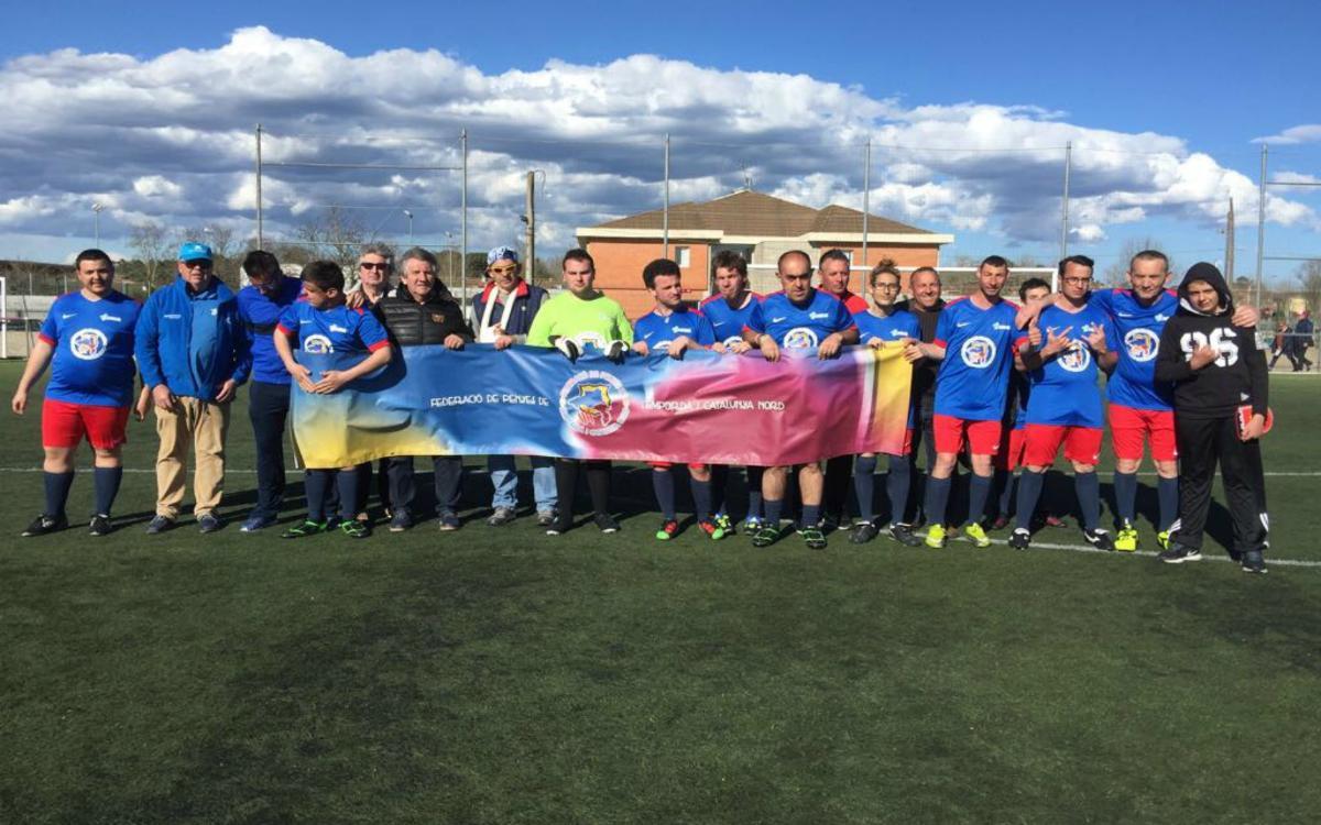 La Federación de Penyes Barcelonistes de l'Empordà i Catalunya Nord consigue que un grupo de personas discapacitadas participe en el Torneo MIC Integra