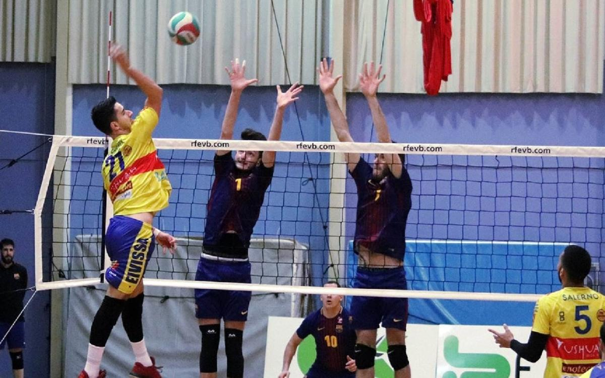 El Barça ensopega a Eivissa però manté les opcions de playoff (3-2)