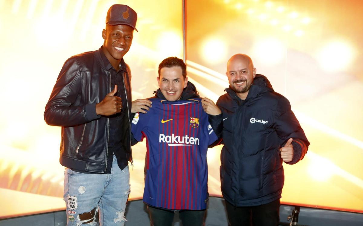 José Richard Gallego and his different way of experiencing the atmosphere of the Camp Nou