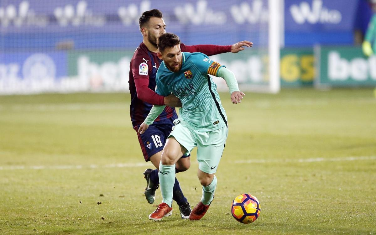 Ipurua, escenari d'exhibicions de Lionel Messi