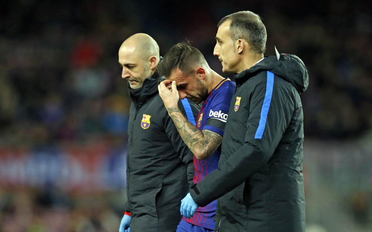 Paco Alcácer out for three weeks