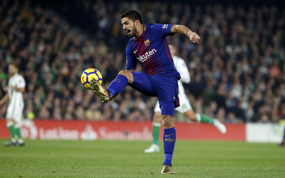 Luis Suárez named Player of the Month for December