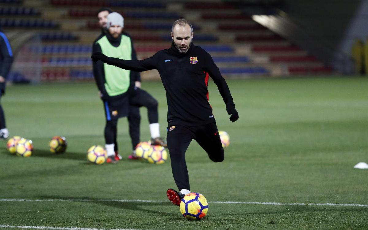 Iniesta among 19 summoned for Deportivo clash