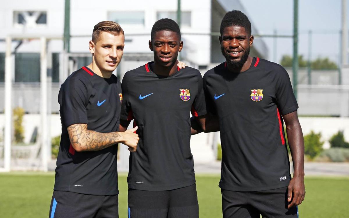 Umtiti, Dembélé i Digne es retroben en l'entrenament d'aquest dimarts