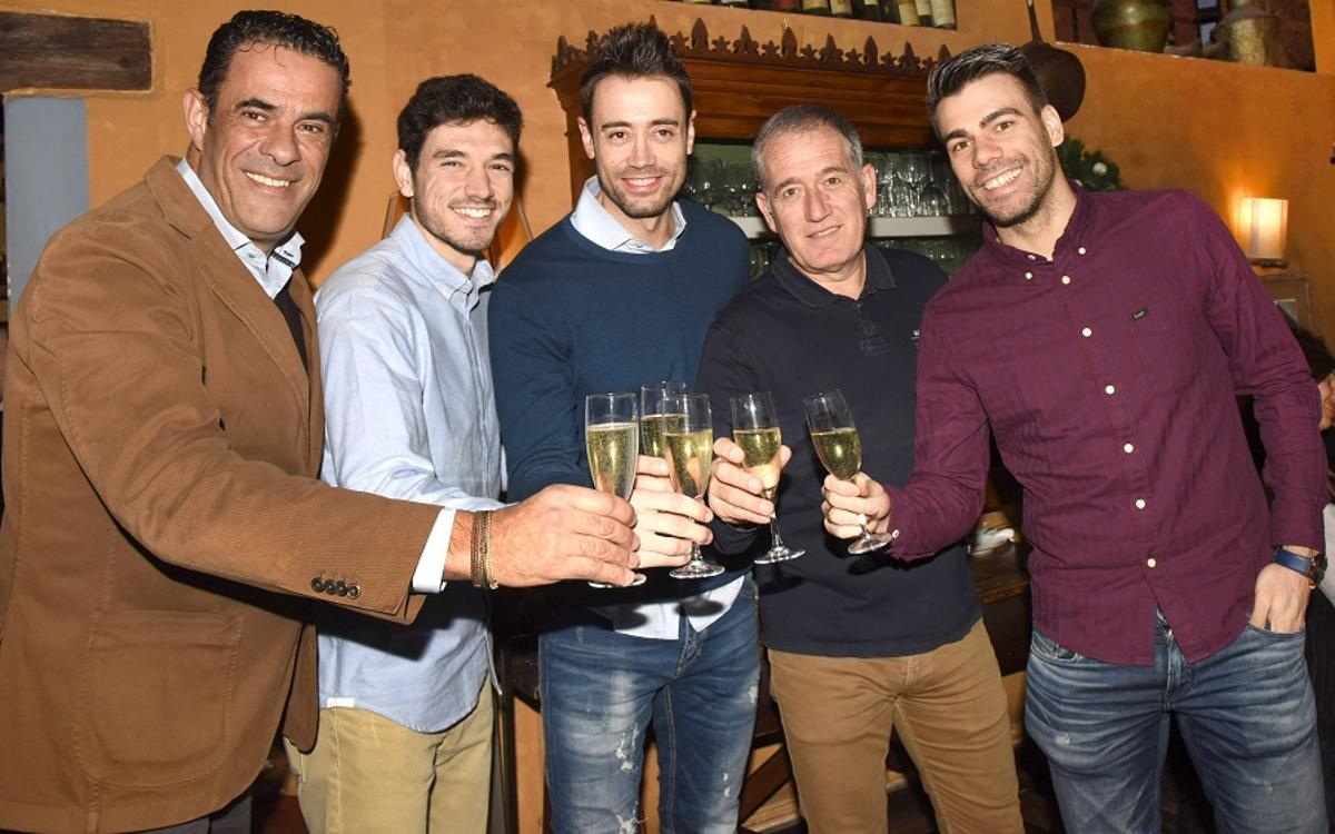 El Barça Lassa de fútbol sala celebra la comida de Navidad