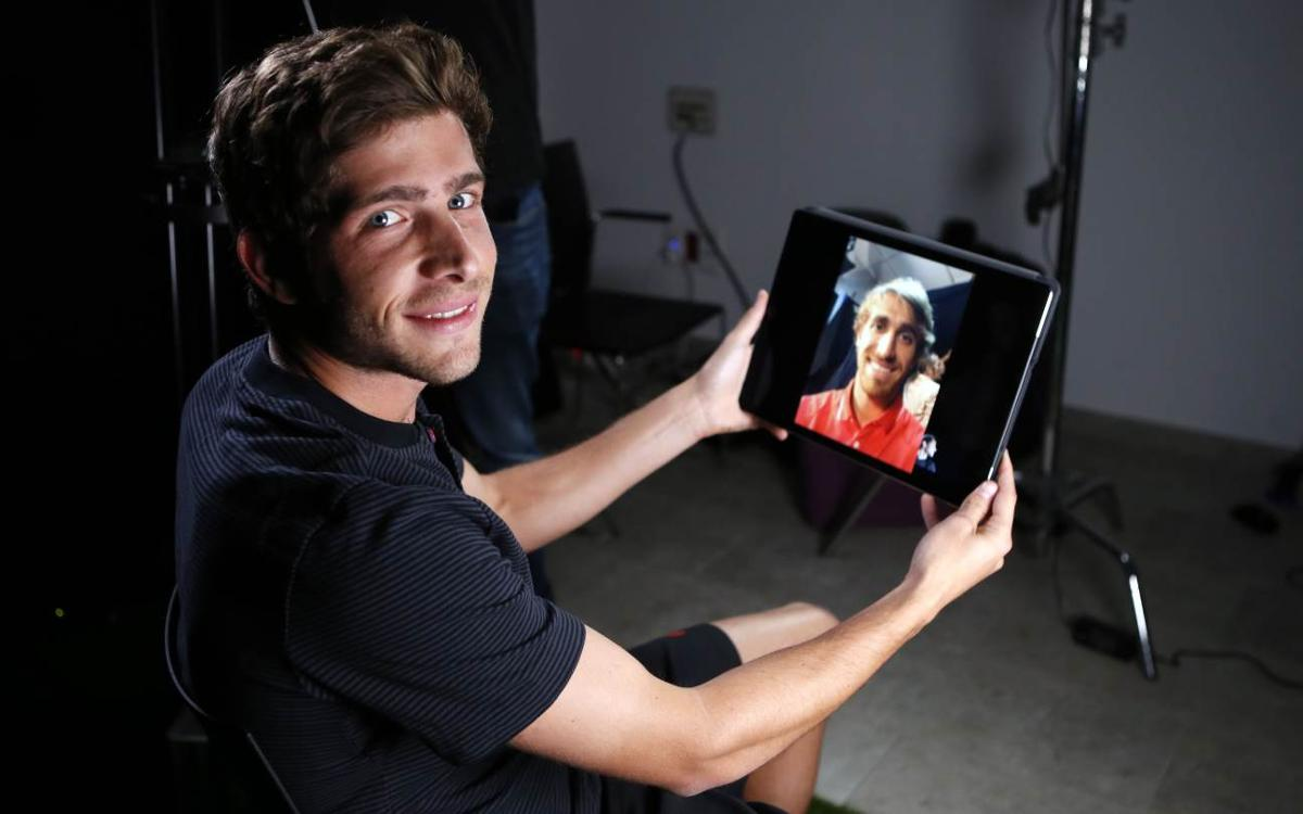 Video call between old friends Sergi Roberto and Marc Muniesa