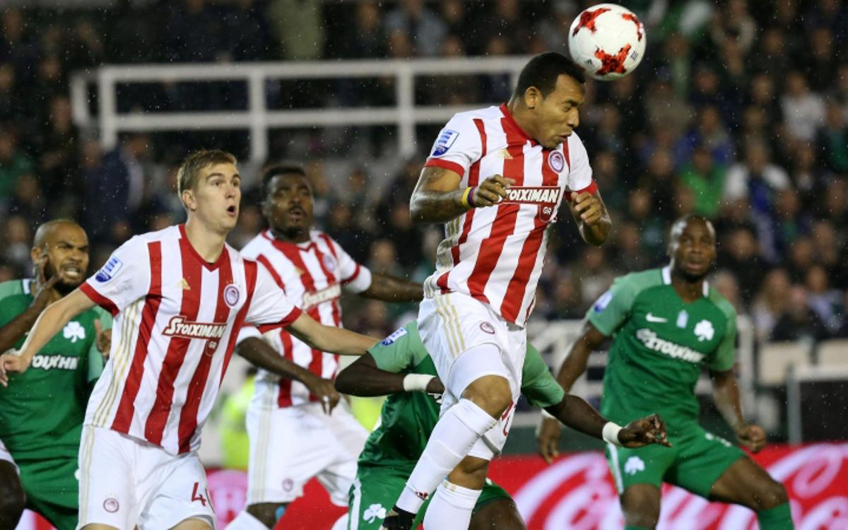 El Olympiacos cae en el derbi contra el Panathinaikos por la mínima (1-0)