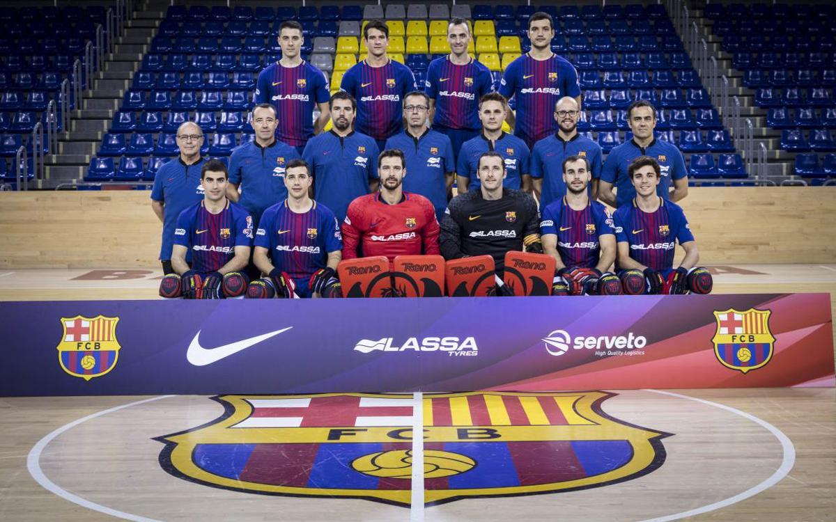 El Barça Lassa d'hoquei patins es fa la fotografia d'equip