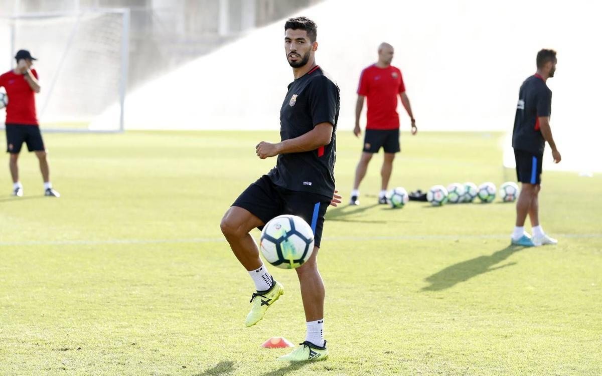 Luis Suárez seguirà la seva recuperació amb la selecció