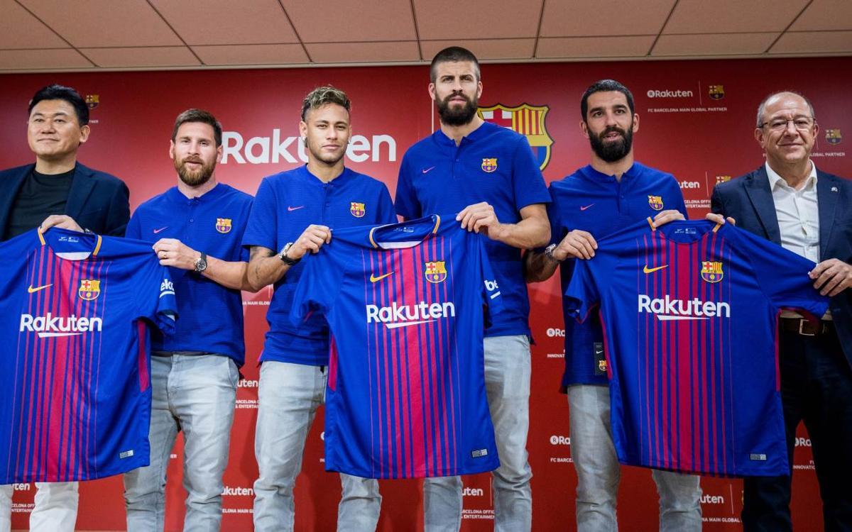 El FC Barcelona presenta Rakuten al Japó