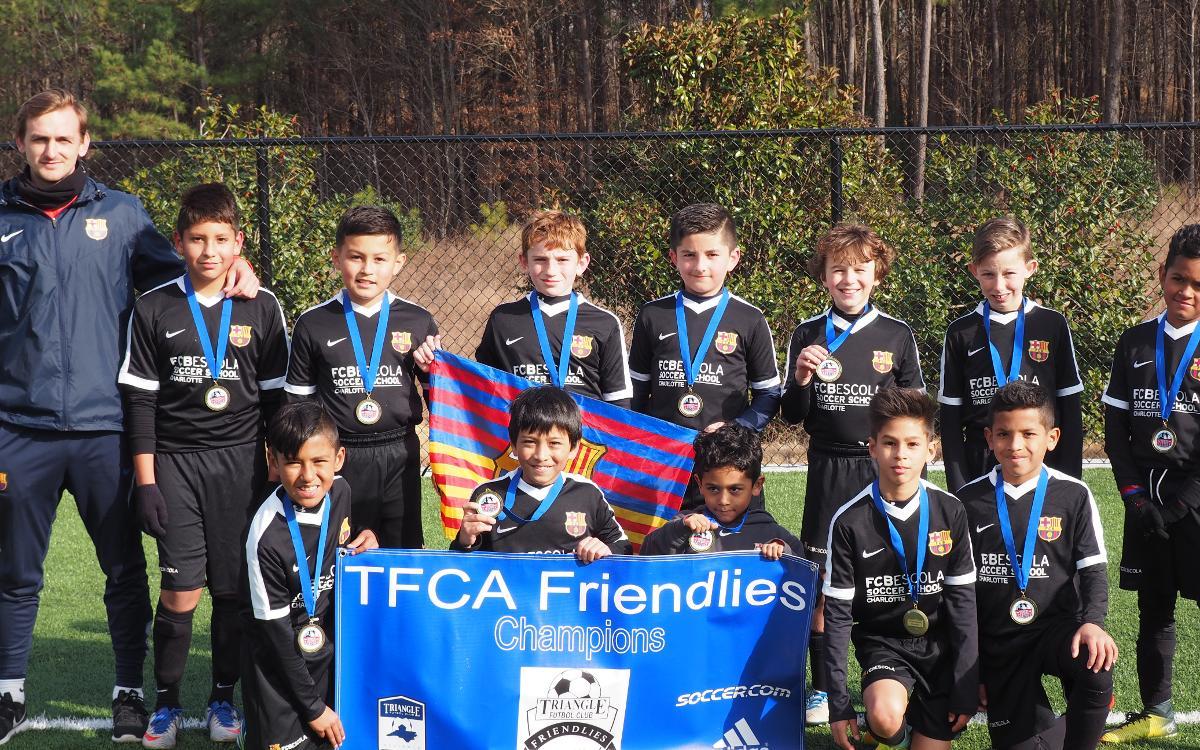 Gran imagen de los equipos FCBEscola Charlotte en los torneos CASL y TFCA