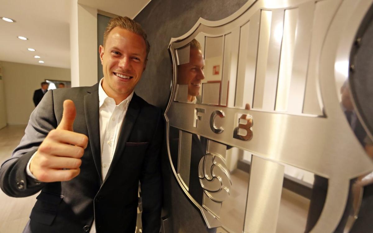 Inside View of Ter Stegen's contract renewal
