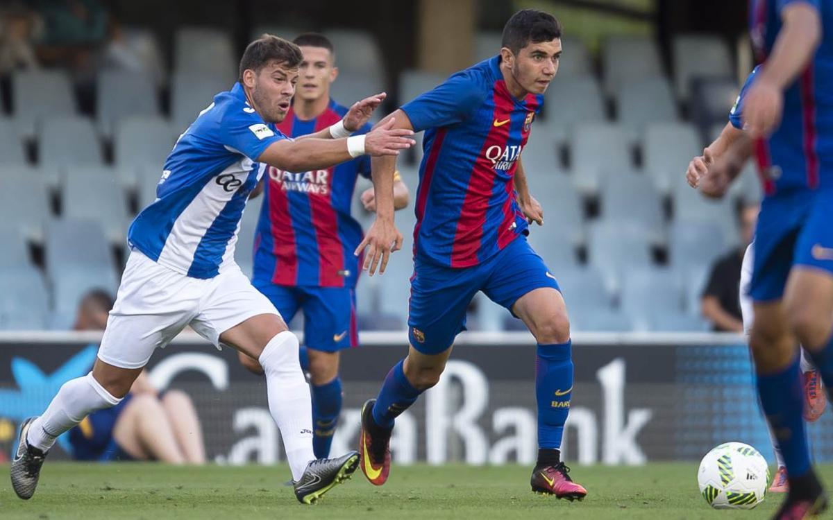 Mújica, durante un partido con el filial del FC Barcelona (Foto: FCB).