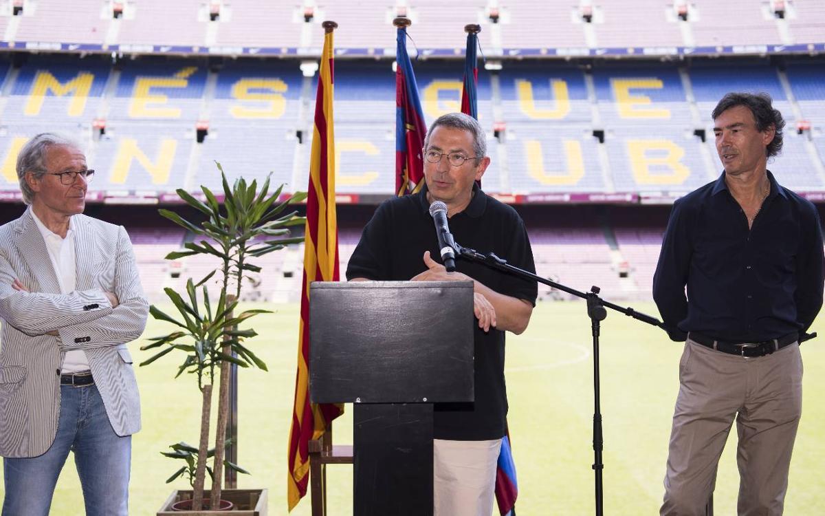 La Agrupación Barça Jugadores celebra la despedida de temporada en el Camp Nou