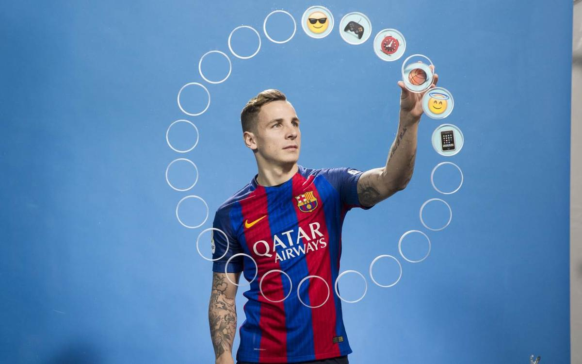 What does Digne think of his teammates?