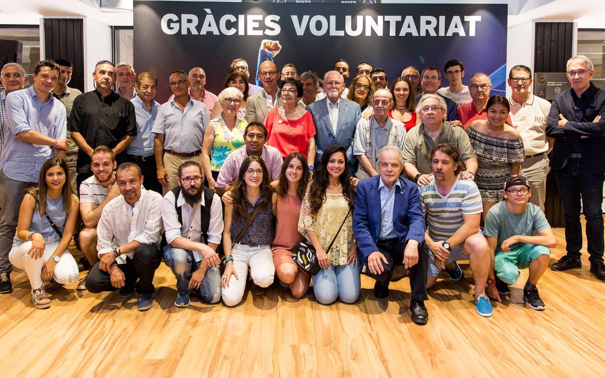 Acto de agradecimiento a los voluntarios de la Cruz Roja que participan en el proyecto 'T'acompanyem'