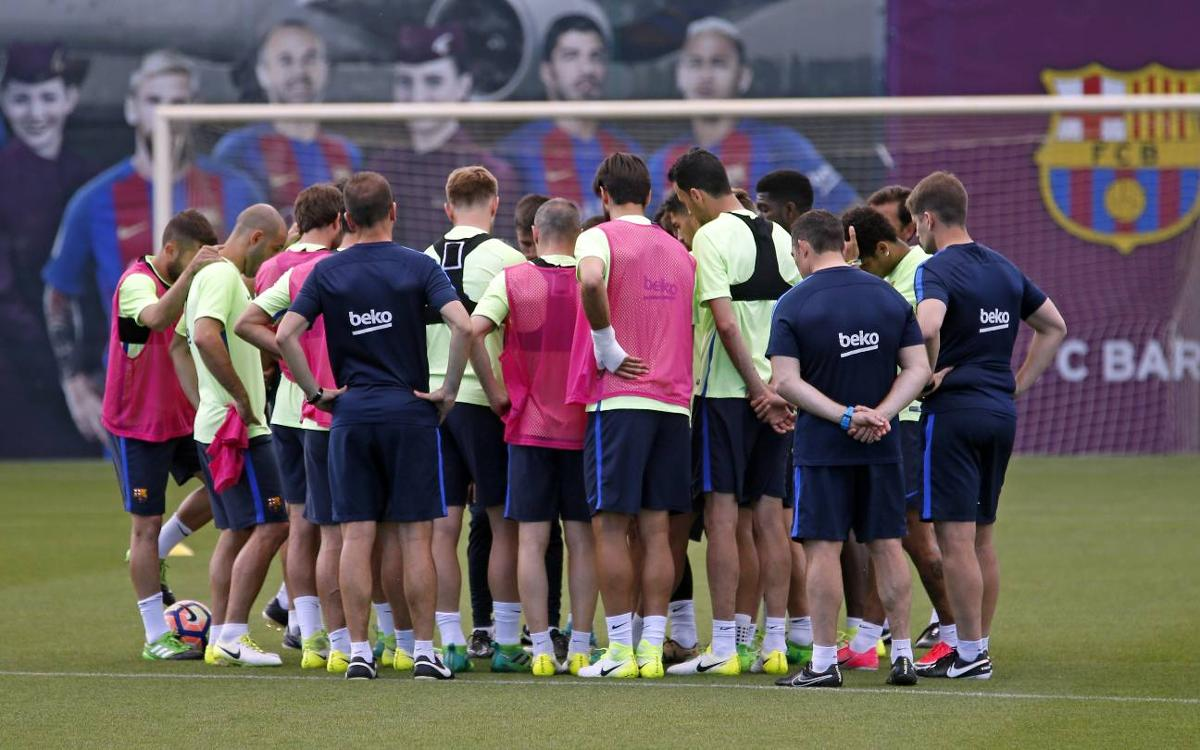 FC Barcelona's squad for the trip to Las Palmas