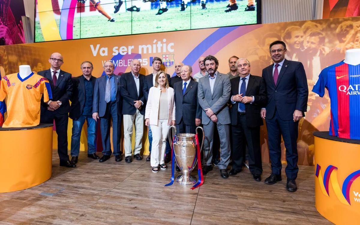 El Barça conmemora el 25 aniversario de la primera Copa de Europa de Wembley 92 con un acto presidido por el recuerdo y la emoción