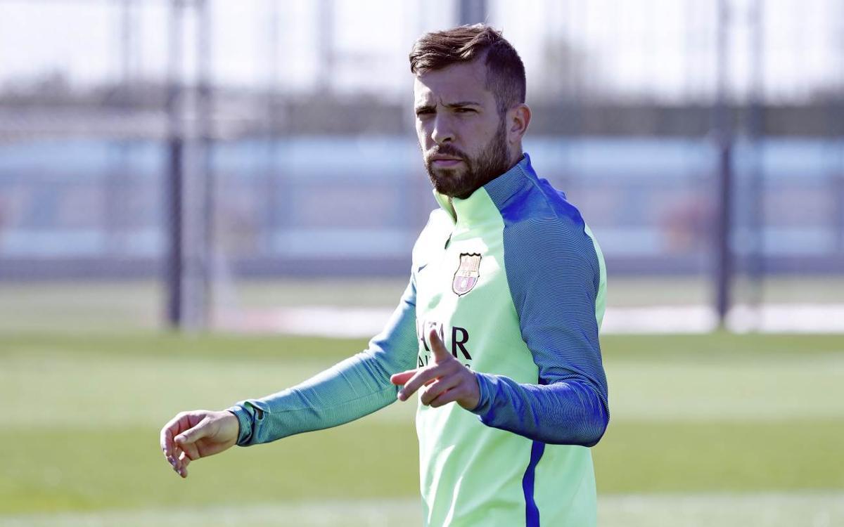 More internationals return to training