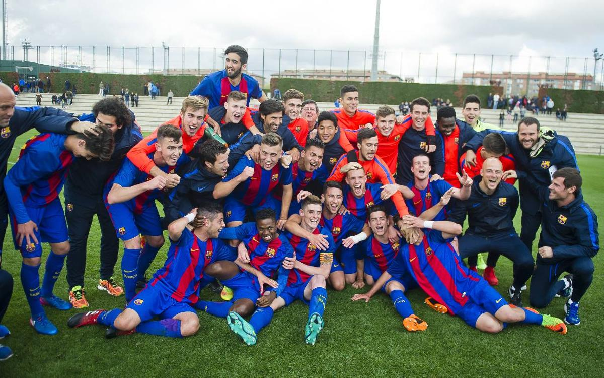 U19A crowned champions of División de Honor