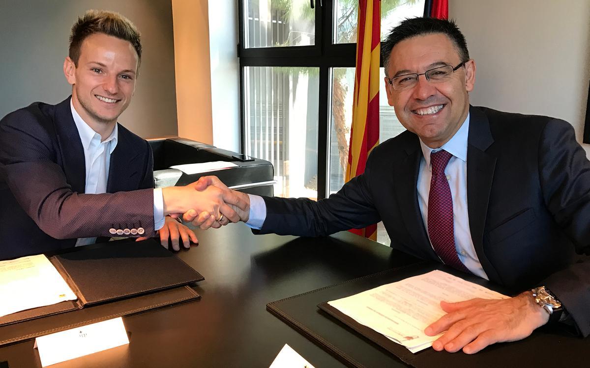 ラキティッチ、バルサと2021年まで契約延長にサイン