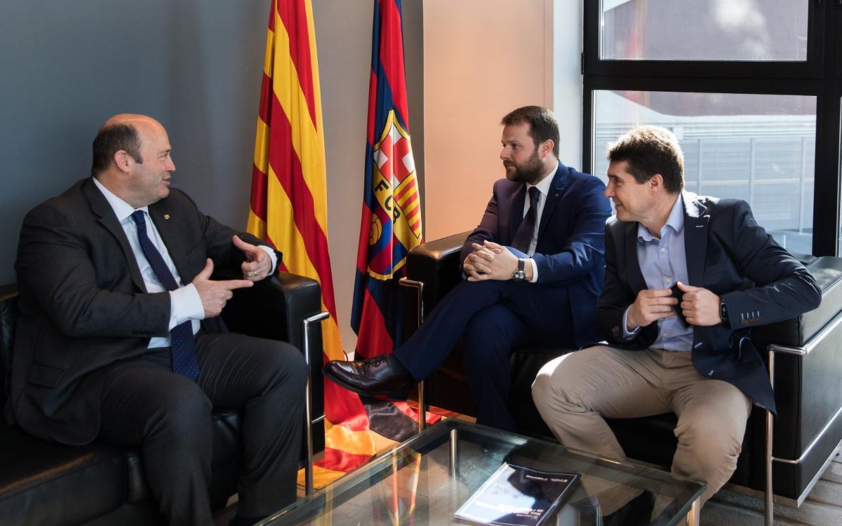 Encuentro para avanzar hacia el Pacte Nacional de l'Activitat Física i l'Esport de Catalunya