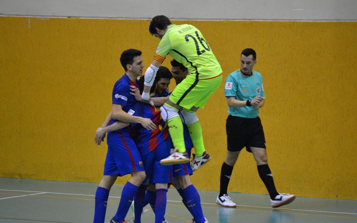 El Barça B golea al Rivas y sueña con el título (2-7)