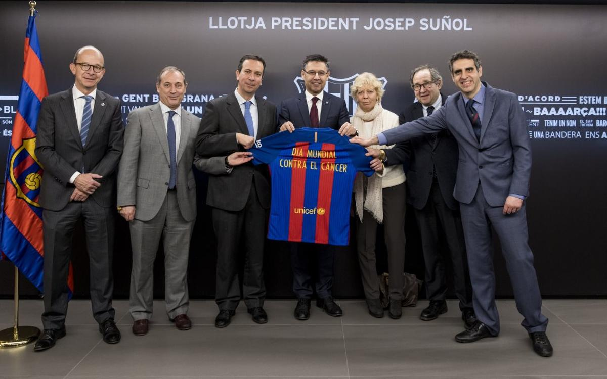 El Barça celebra el Día Mundial contra el Cáncer en el Palco President Suñol