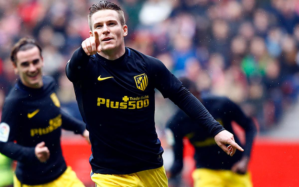 Atlético win ahead of visit of FC Barcelona, wins also at top of the table for Real Madrid and Sevilla