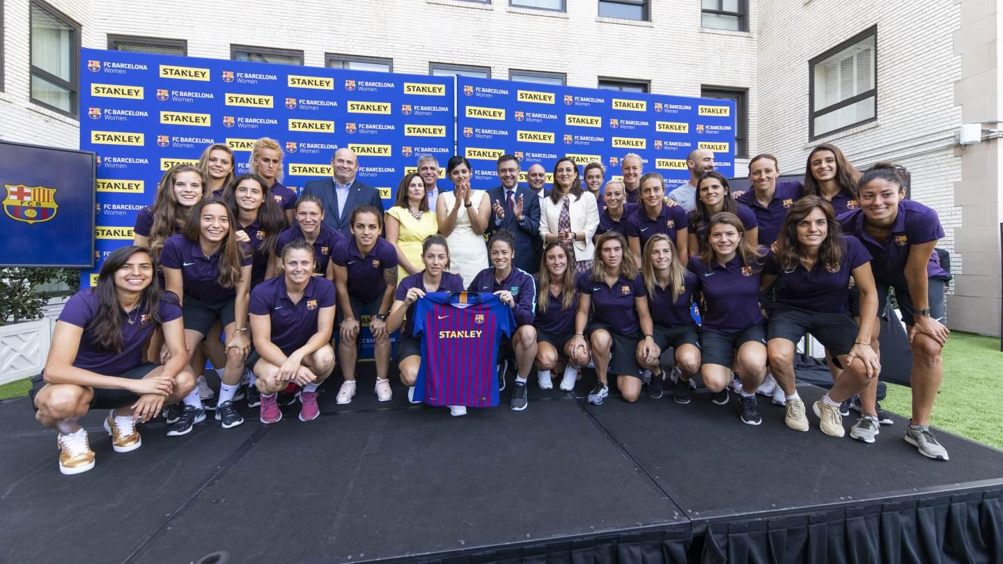 ea89367e6ab32 STANLEY Becomes the First Main Jersey Partner of FC Barcelona Women s Team