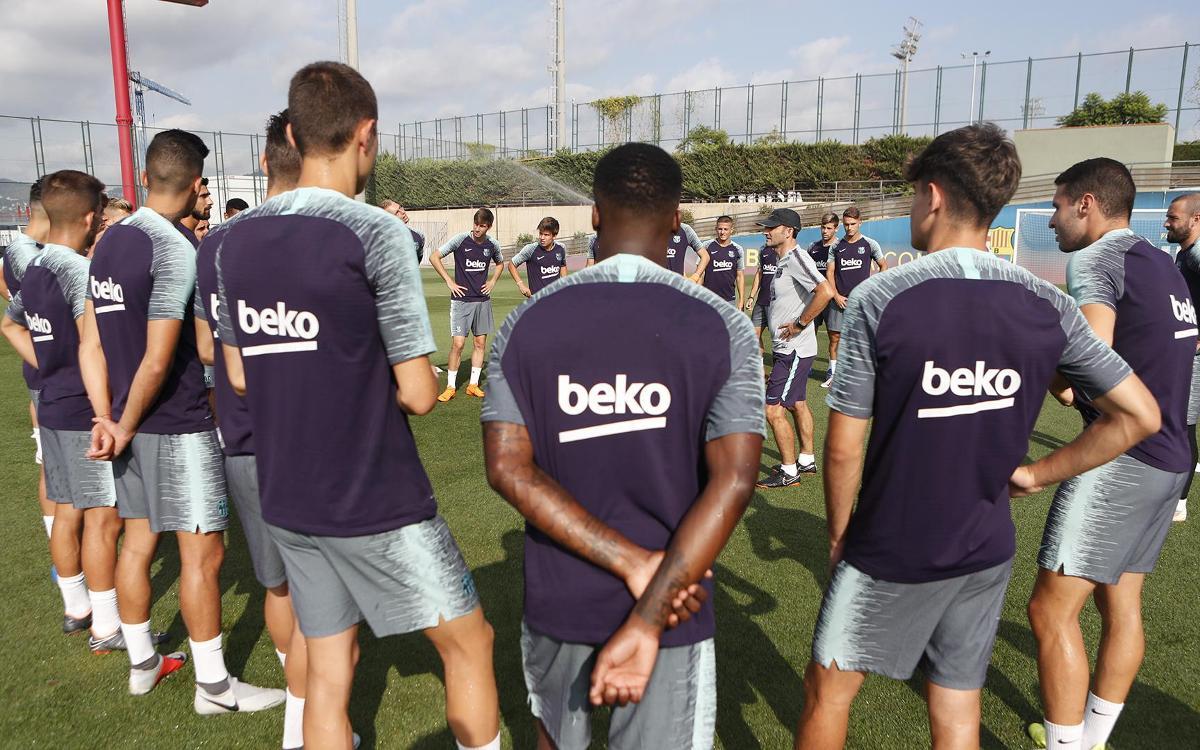 Última sesión del FC Barcelona antes de viajar hacia Estados Unidos