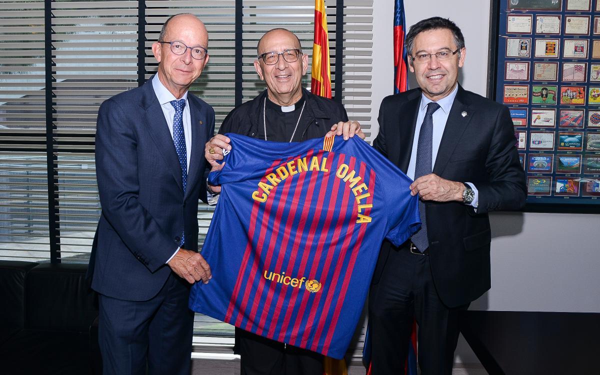 El cardenal Joan Josep Omella, arzobispo de Barcelona, visita el 'Espacio Fundació' y se reúne con Josep Maria Bartomeu