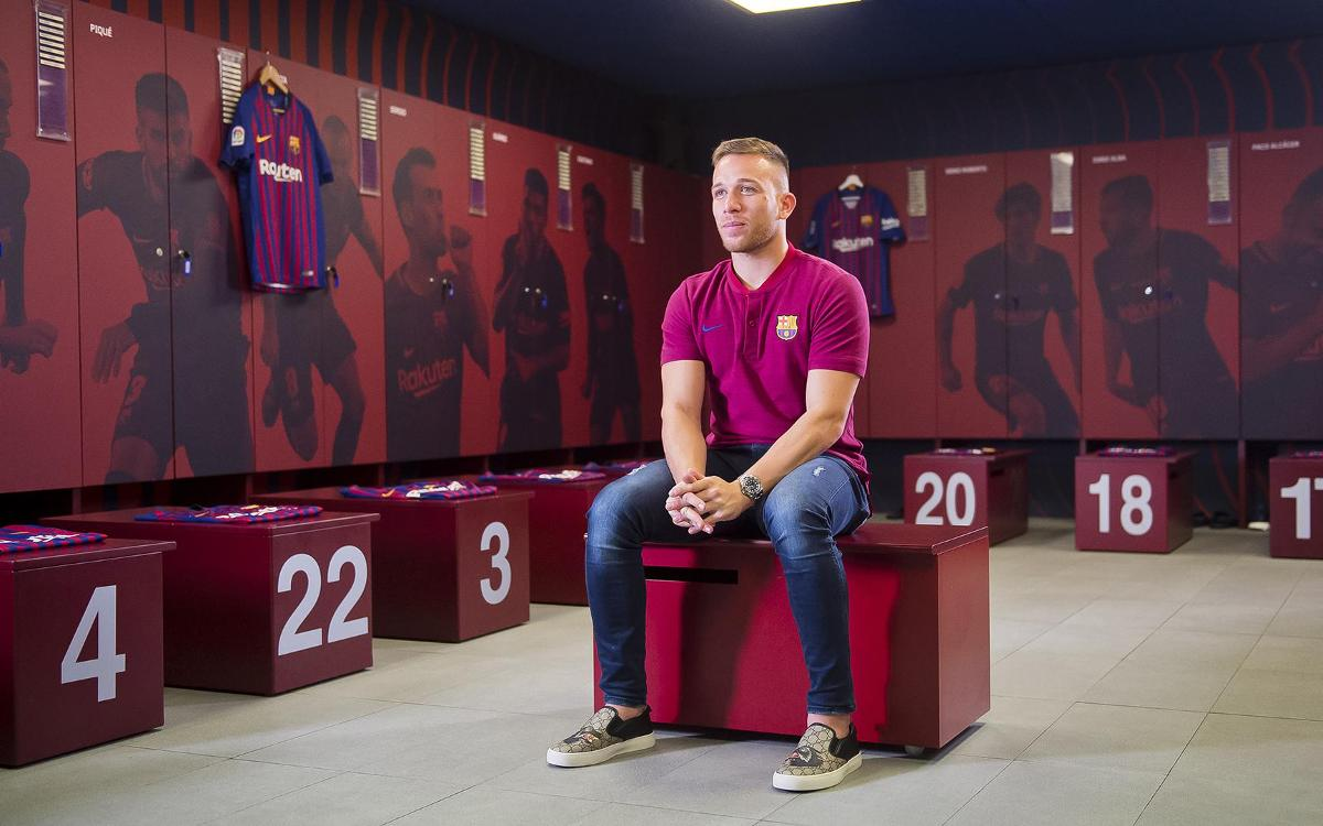Interview Arthur: 'I have admired Barça's style of play from a young age'