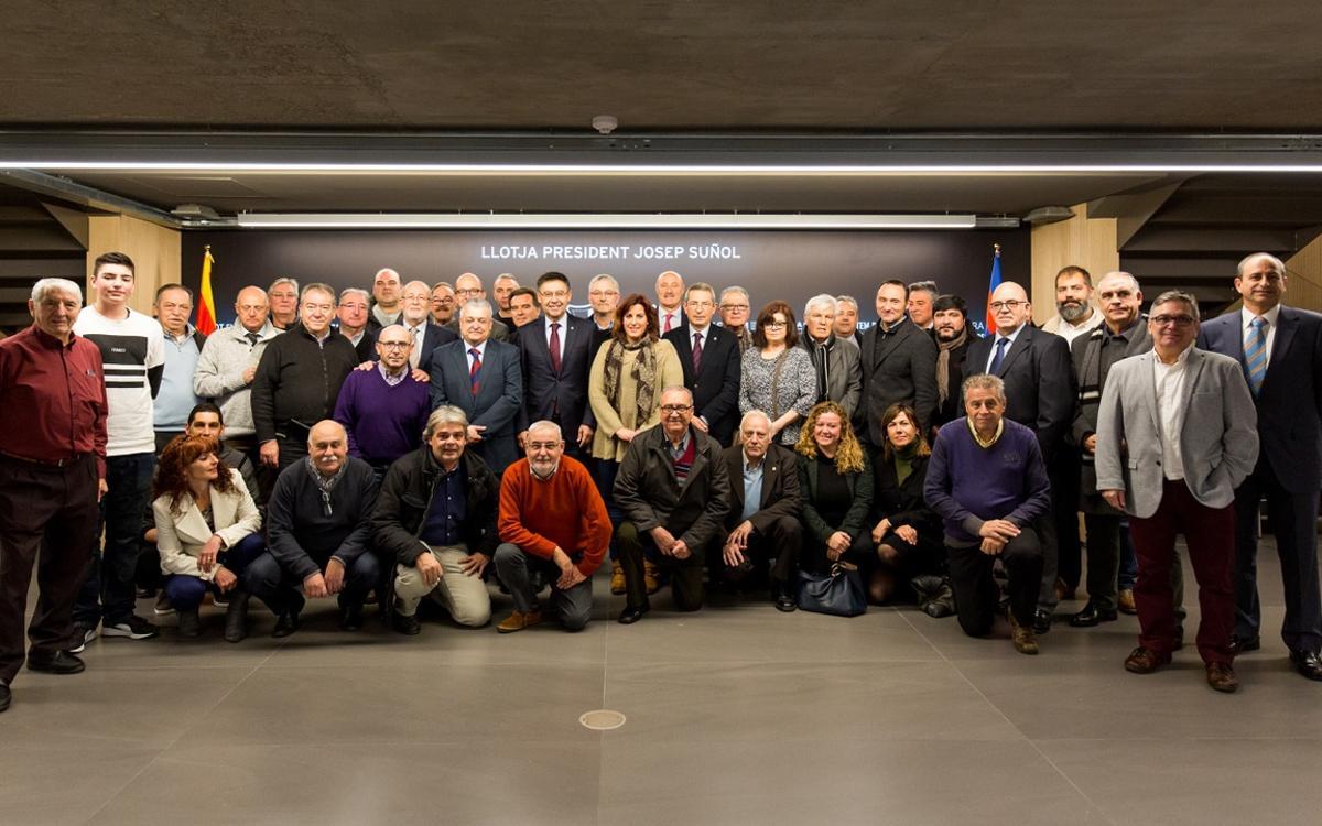 Josep M. Bartomeu, amb l'Agrupació de Penyes de Futbol