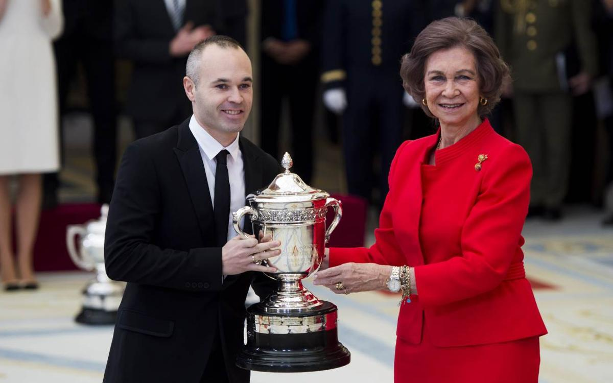 Andrés Iniesta collects Queen Sofia Award in Madrid