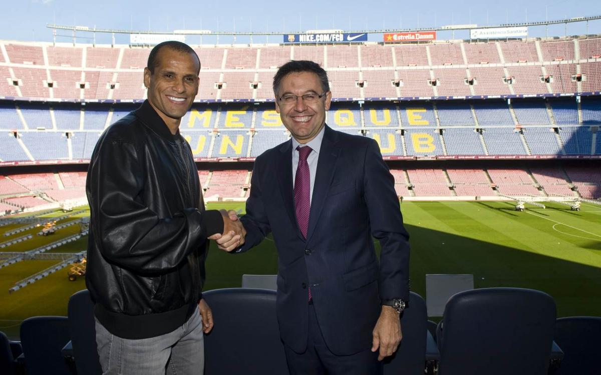 Rivaldo, de visita al Camp Nou