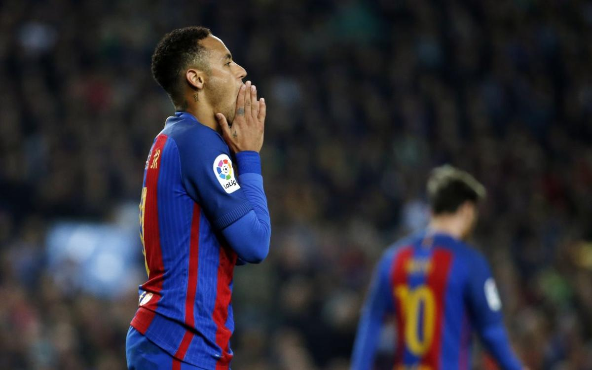 Special physiotherapy for FC Barcelona's Neymar Jr but no injury fears