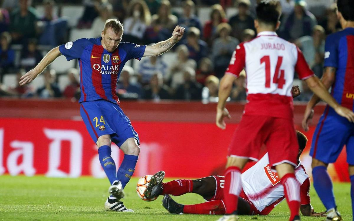 FC Barcelona's Jérémy Mathieu side-lined for three weeks