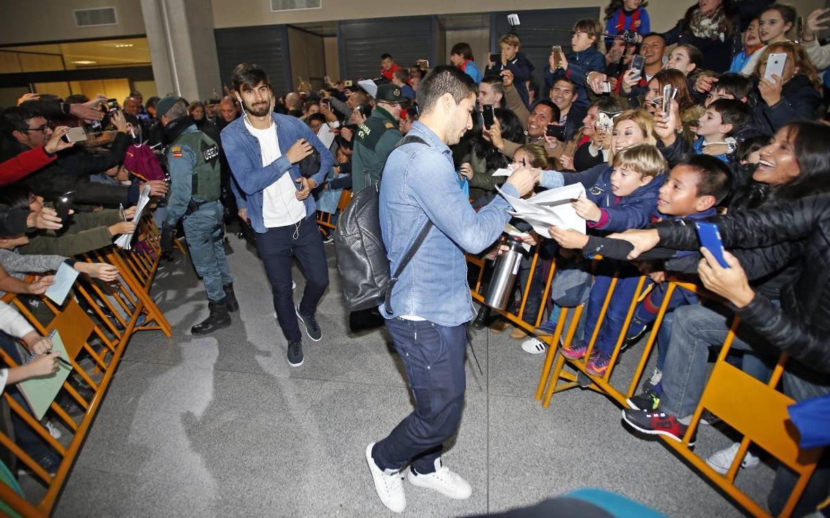 FC Barcelona arrive in Navarra