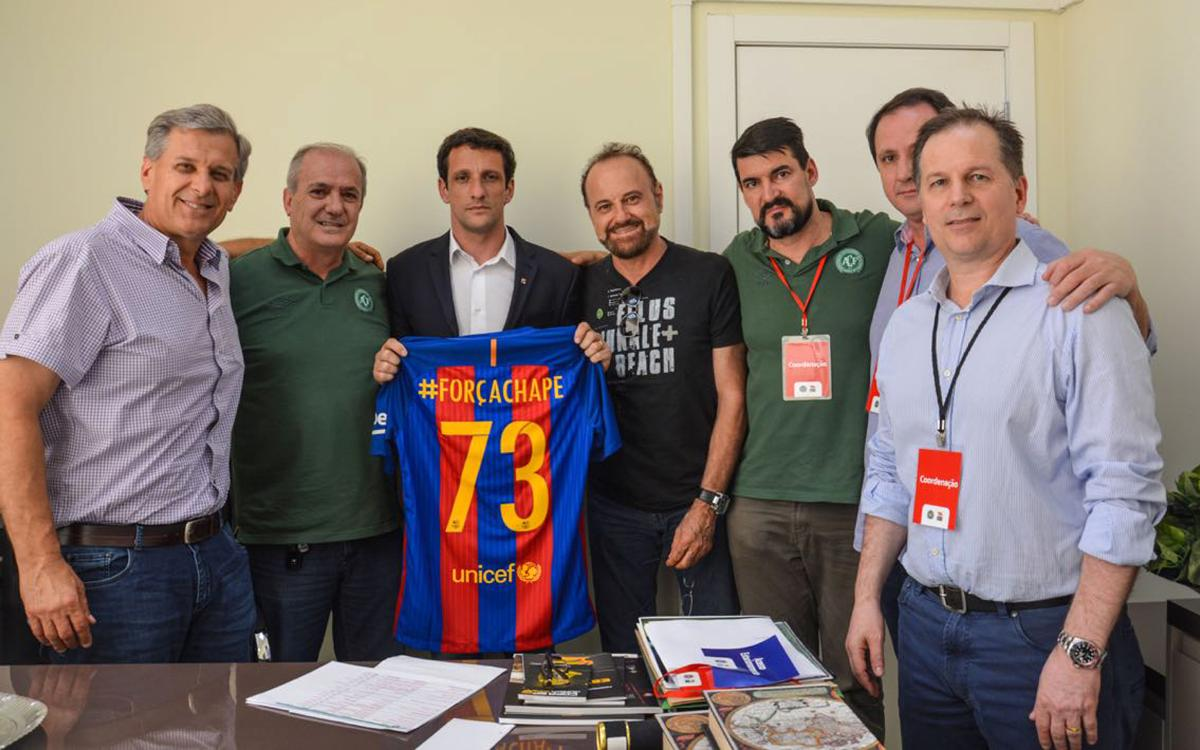 Juliano Belletti, FC Barcelona representative at Chapecó