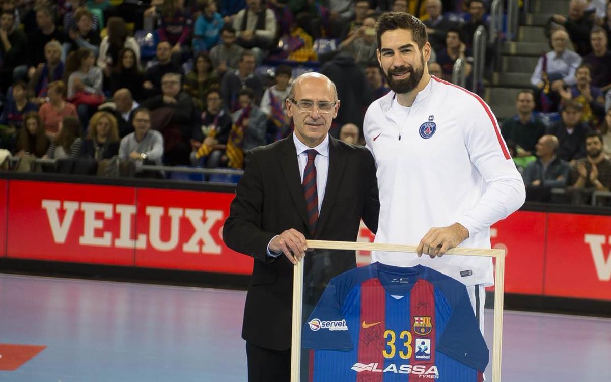 Hommage du FC Barcelone pour Nikola Karabatic
