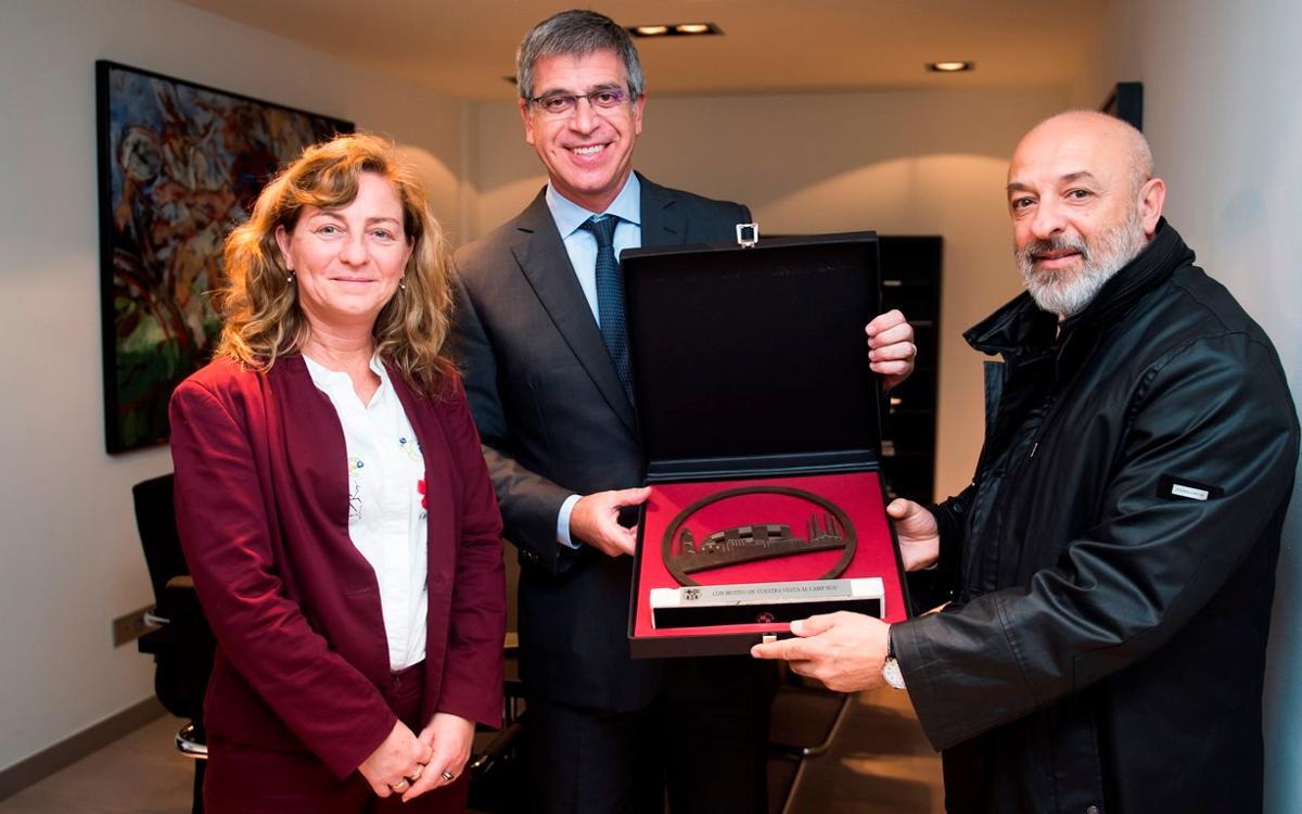 Jordi Mestre recibe una delegación de la ciudad de Rosario