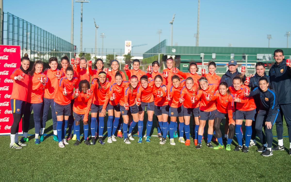 FC Barcelona women's team receive personalised Coca-Cola cans