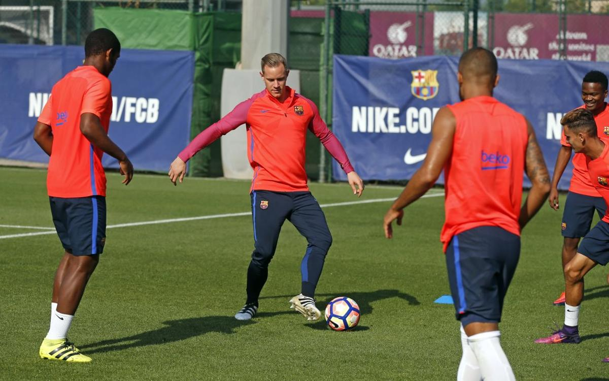 First session without players on international duty